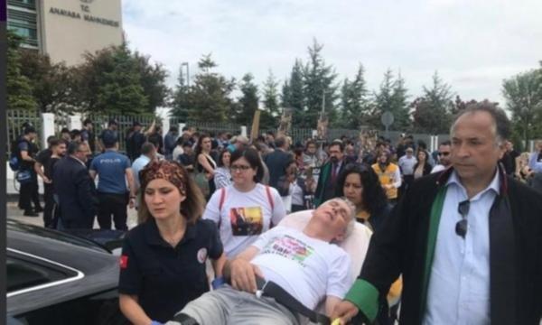Çorlu tren katliamı ailelerine, Anayasa Mahkemesi önünde polis müdahalesi