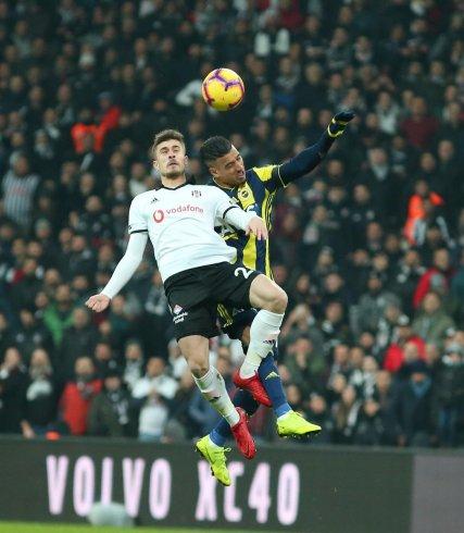 Derbi berabere bitti; Beşiktaş 3, Fenerbahçe 3