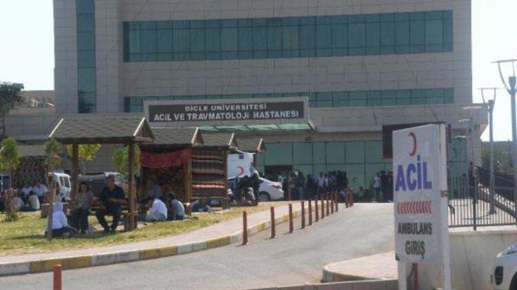 Diyarbakır'da zırhlı araç devrildi: 2 şehit, 4 polis yaralı