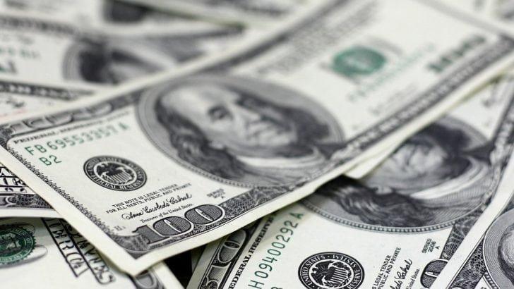 Dolar kuru 5.77 seviyesinde