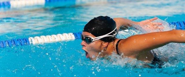 Düzenli yüzme kalp sağlığını koruyor ve yağ yakımını hızlandırıyor