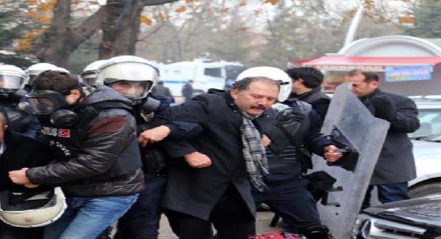 Eğitim İş'in önceki Genel Başkanı Veli Demir'e 15 Temmuz davası