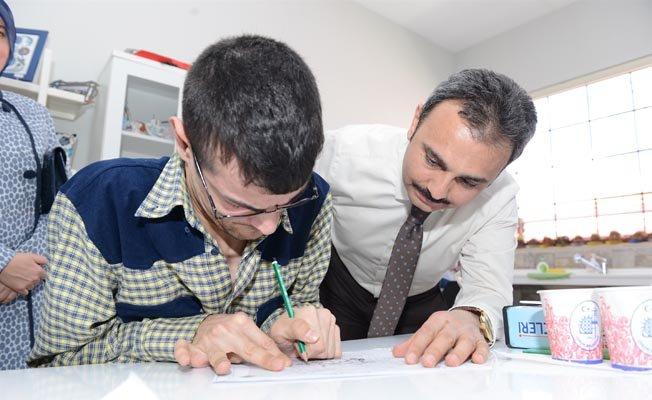 Engelli öğrenciler için verilen eğitim desteği tutarları belirlendi