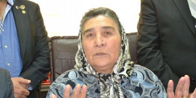 Erdoğan'ın avukatı 'dilekçeyi sehven gönderdik' dedi, şehit annesi Pakize Akbaba beraat etti