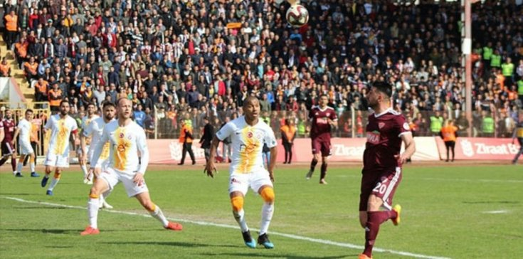 Galatasaray, Hatayspor'a 4-2 yenildi
