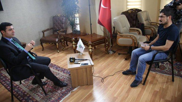 Gazeteci Hayri Demir'in Selahattin Demirtaş ile yaptığı röportaj ve çektirdiği fotoğraf 'suç' delili sayıldı