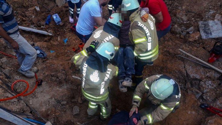Göçük altında kalan işçi itfaiye tarafından kurtarıldı