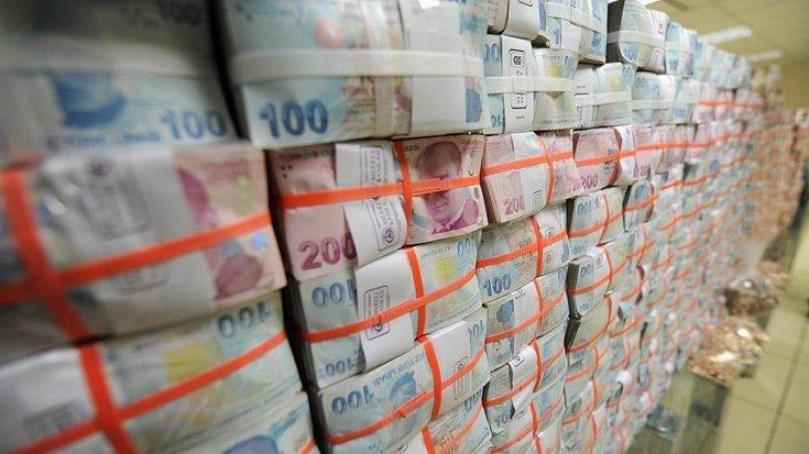 Hazine 12.3 milyar lira borçlandı