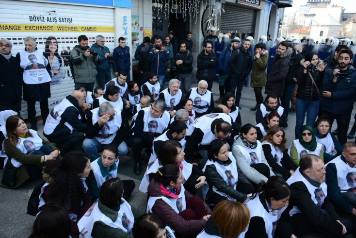 HDP'nin Taksim'deki yürüyüşüne polis engeli