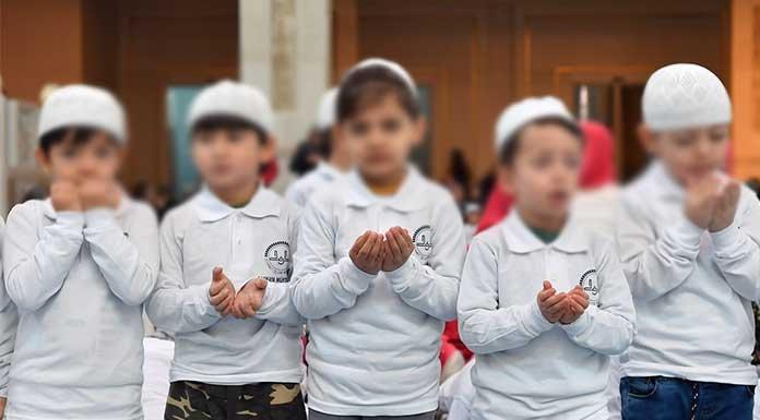 'Hükümetin eğitim reformu projesi dinselleştirme ve özelleştirme üzerine kurulu'