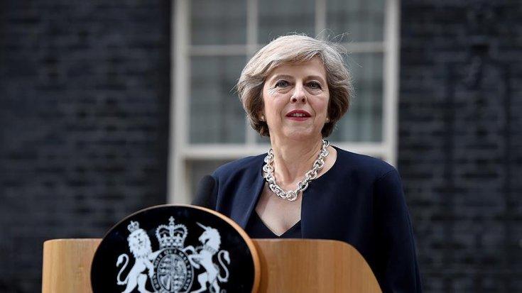 İngiltere Başbakanı Theresa May, 7 Haziran'da istifa edeceğini açıkladı