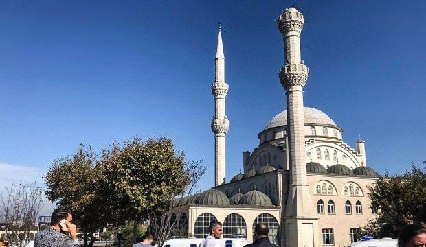 İstanbul Avcılar'da caminin minaresi yıkıldı!