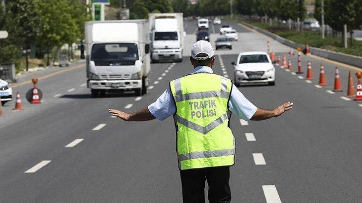"""İstanbul trafiğine """"derbi"""" düzenlemesi"""