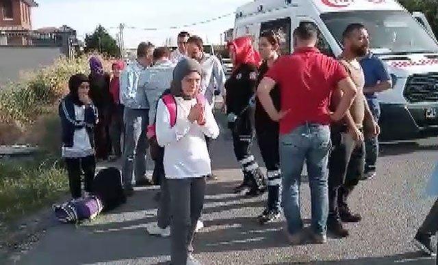 İstanbul'da okul servisi takla attı