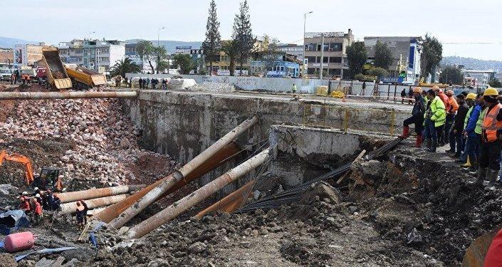 İzmir'de göçük altında kalan diğer işçinin de cansız bedenine ulaşıldı