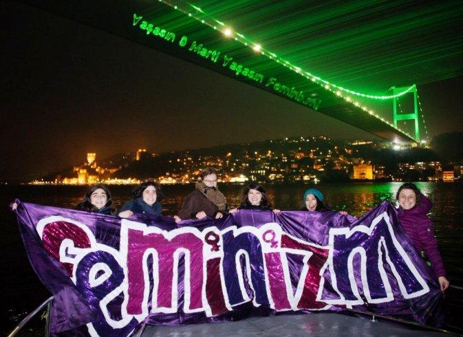 Kadınlar, 8 Mart Feminist Gece Yürüyüşü'ne Boğaz'dan çağrı yaptı: 'Kadınlar durursa dünya durur'