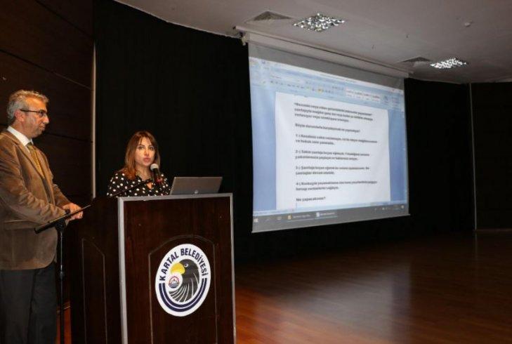 Kartal'da 'internetin çocuklar üzerindeki zararlı etkileri' konulu seminer düzenlendi
