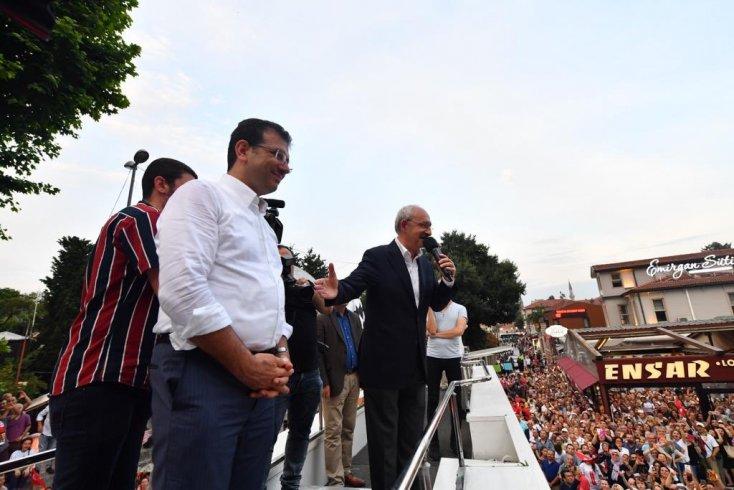 Kılıçdaroğlu ve İmamoğlu Eyüpsultan'da halkla buluştu