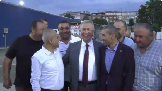 Mansur Yavaş, Maltepe Pazarı esnafı ile buluştu
