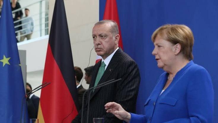 Merkel: Suriye'deki askeri operasyonu durdurun