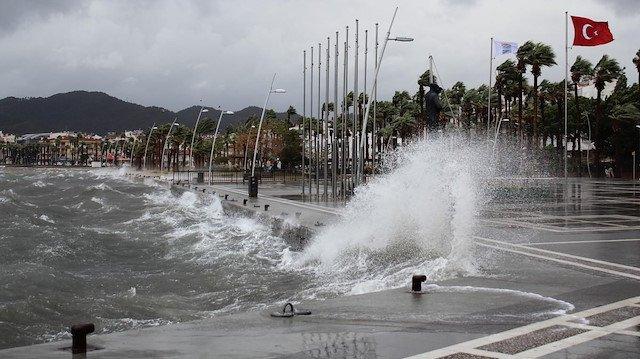 Meteoroloji uyardı: Sağanak ve fırtına geliyor