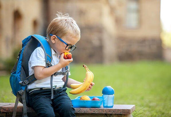 Okul çağındaki çocuklar için 4 beslenme önerisi