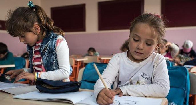 Okul kitaplarında dini ve cinsiyetçi ögeler arttı