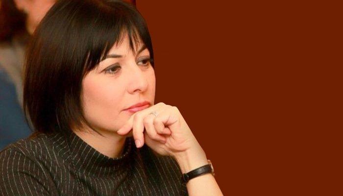 Özlem Akarsu Çelik'in Halk TV'deki programına son verildi!