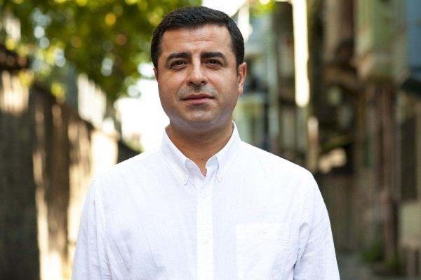 Selahattin Demirtaş'ın sağlık durumuyla ilgili açıklama: Bilinci kapandı, Abdullah Zeydan müdahale etti. 7 gündür hastaneye sevk edilmiyor