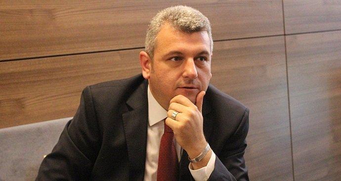 Star yazarı Ersoy Dede: Darbe girişiminin bu vakte kadar siyasi ayağını göremediysek artık kabullenmek lazım ki siyasi ayak falan yok