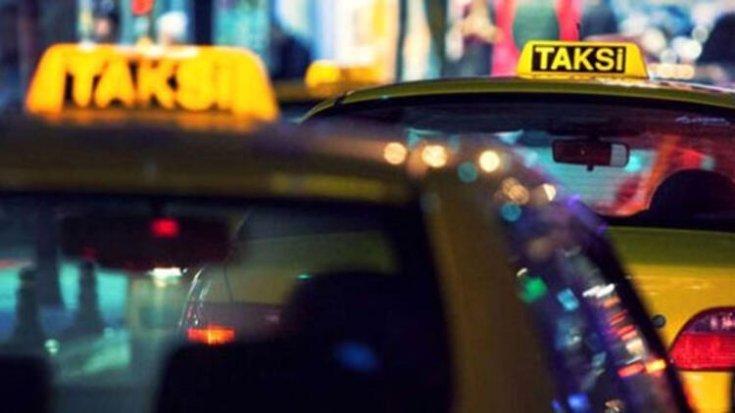 Taksisine binen kadına ormanda tecavüz etti