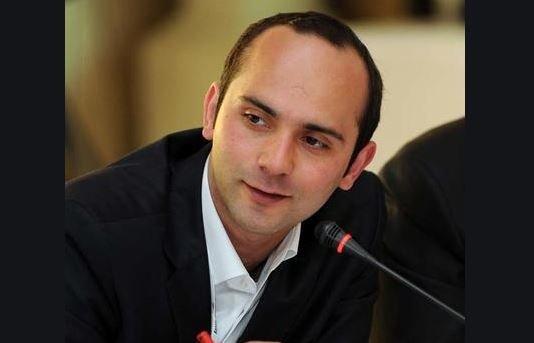 Tayfun Kahraman'dan İBB Meclisi'nde yaşanan 'dava' tartışmasıyla ilgili açıklama: 'Meslek odası dava açarak doğru olanı yaptı'