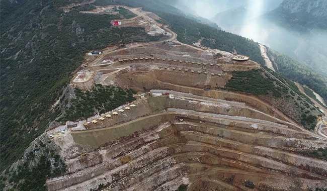 'Tematik Orman Bahçesi' projesini 'millet bahçesi'ne çevirdiler: '4 işçi öldü, çok ağaç kesildi. Bunları aklamaya çalışıyorlar'