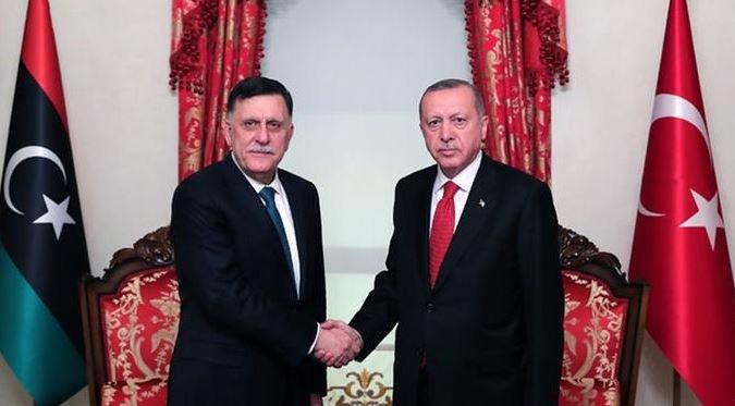 'Türk dış politikası askerileşiyor'