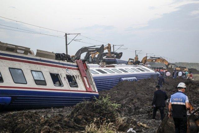 Ulaştırma Bakanlığı'ndan tren kazaları sonrası yeni yönetmelik: Denetim yok, yargılama yok, sorumluluk yok!