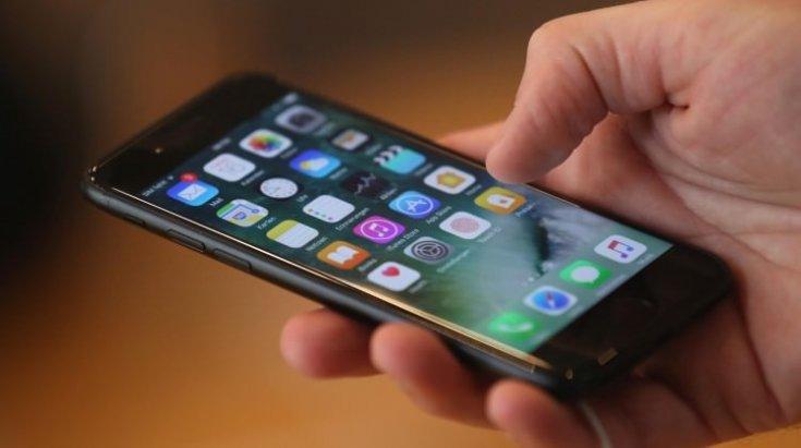 Yurt dışından cep telefonu getirme süresi 3 yıla çıkarıldı