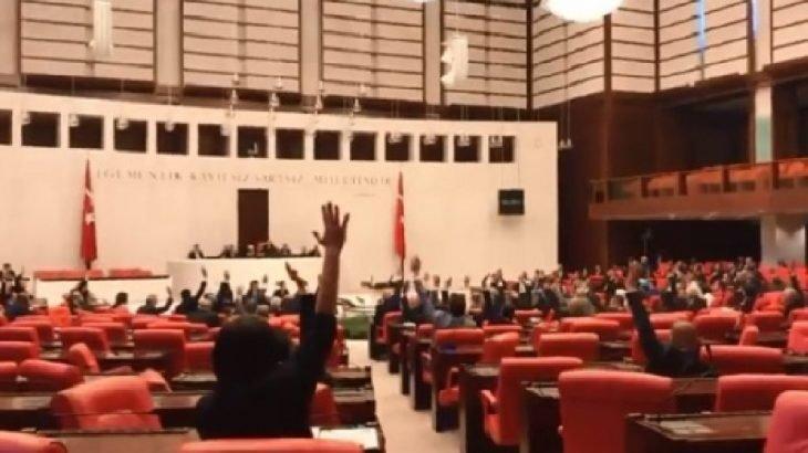 """""""Yurtta Sulh Konseyi'nin"""" araştırılması için verilen önerge AKP ve MHP'nin oylarıyla reddedildi"""