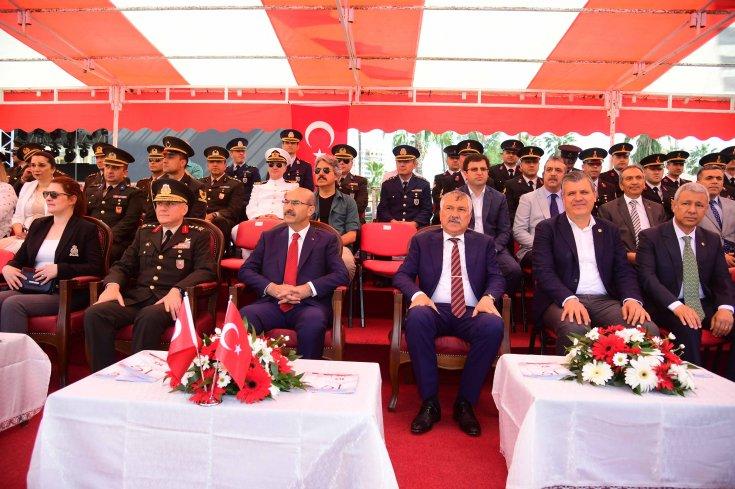 Zeydan Karalar, 19 Mayıs'ın 100. yıl kutlamalarına katıldı