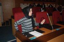 AKP'li Fatma Betül Sayan Kaya'nın İBB Meclis üyesi kardeşi ihale aldığı kurumun bütçesine onay verdi!