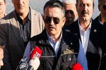 Bakan Pakdemirli'nin sözlerini 20 yıllık söndürme pilotu yalanladı: Şu anda havalanmaya hazır 5 uçak pistlerde bekliyor, bir tanesi İzmir'de