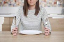 Vücudunuzu açlık stresine sokmayın
