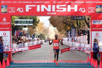 41. Vodafone İstanbul Maratonu yardımseverlikte de rekora koşacak