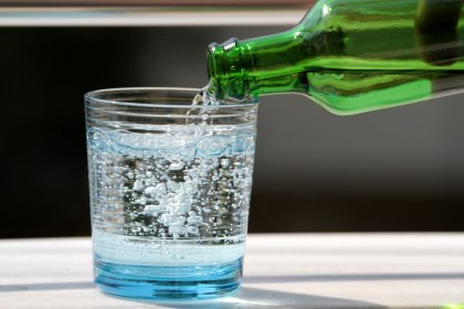 1 bardak maden suyuyla gelen 10 fayda