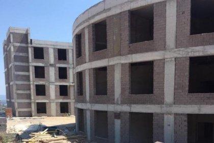 150 yataklı hastane çürümeye terk edildi