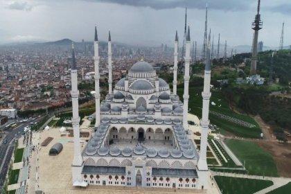200 milyon liralık ihale, Osmanlı camileriyle Çamlıca camisi arasındaki farkı ortaya çıkardı