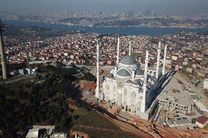 298 bini aşkın kamu binası 'kaçak' çıktı