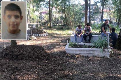 9 yaşındaki Suriyeli çocuk mezarlıkta intihar etti!