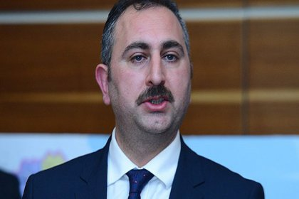 Adalet Bakanı Gül'den FETÖ açıklaması: Delillere rağmen inkarda bulunuyorlar, bunun örgütün savunma taktiğinin parçası olduğu açık