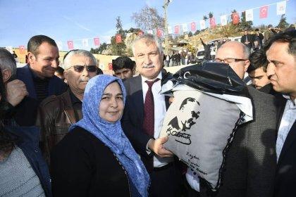 Adana Büyükşehir Belediyesi'nden çiftçilere destek