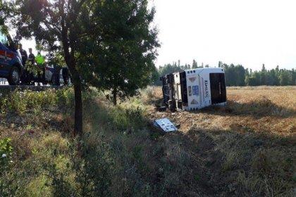 Afyonkarahisar'da yolcu otobüsü devrildi: 7 yaralı var